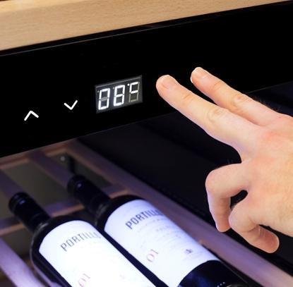 Attēls no Caso Smart Wine Cooler WineExclusive 38 Energy efficiency class G, Free standing, Bottles capacity Up to 38 bottles, Cooling type Compressor technology, Black